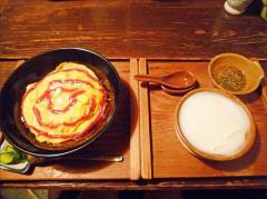 温泉食堂のオム丼