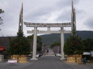 千々石神社の大門松