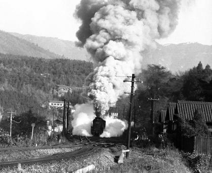変換 ~ 中央西線1971.11.21落合川2