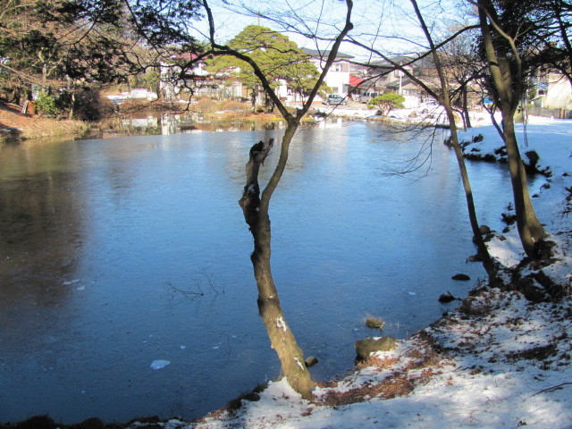 雪の小南湖1