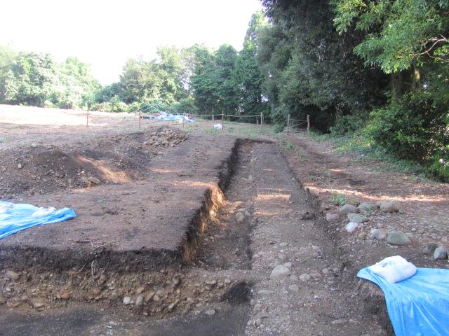 諏訪原城二の丸跡発掘調査の様子3