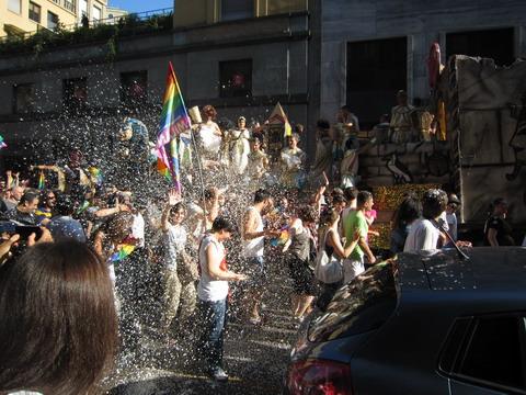 ゲイのパレード2