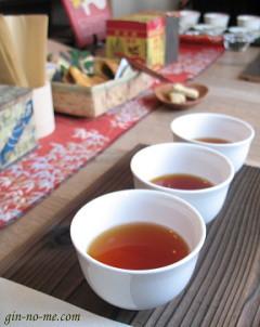 国産紅茶の飲み比べ