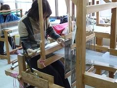 今年初の手織り体験