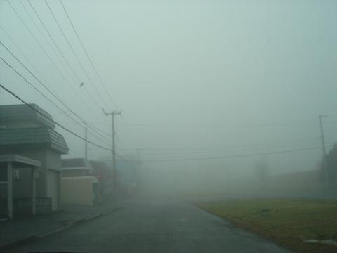 霧の住宅街(2009.12.01)