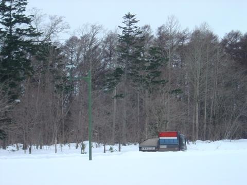 埋もれるダンプ(2010.01.28)