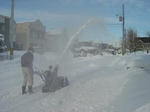 除雪中(2010.02.13)