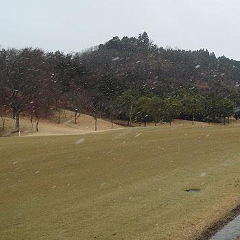 雪のオークビレッヂゴルフクラブ
