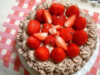 生チョコいちごケーキ