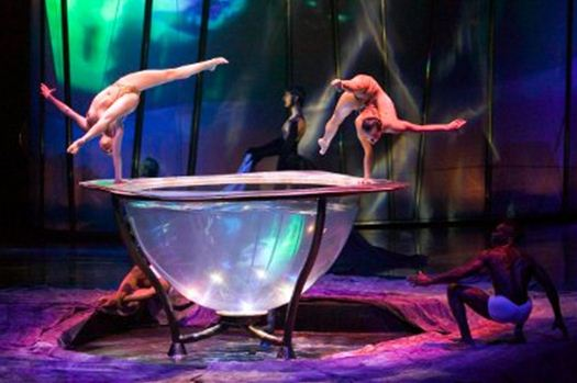 10waterbowl-zumanity-vegas