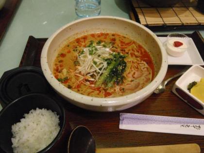 ごまみそタンタン麺