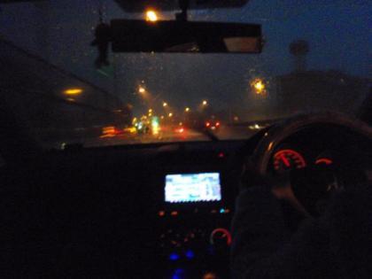 大雨の中、出発(5時半)