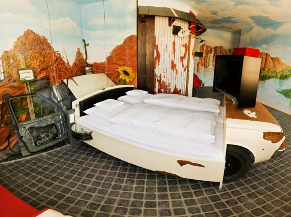 12-hotel_convert_20100817182142.jpg