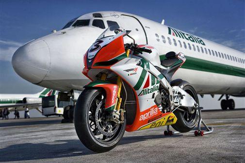 14_Aprilia_Alitalia_RSV4_constraintscaled600x337.jpg