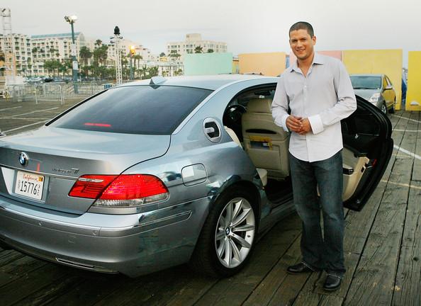 BMW+Hydrogen+7+Brings+Celebrities+Fox+TCA+b3cIGfc_Dl3l.jpg