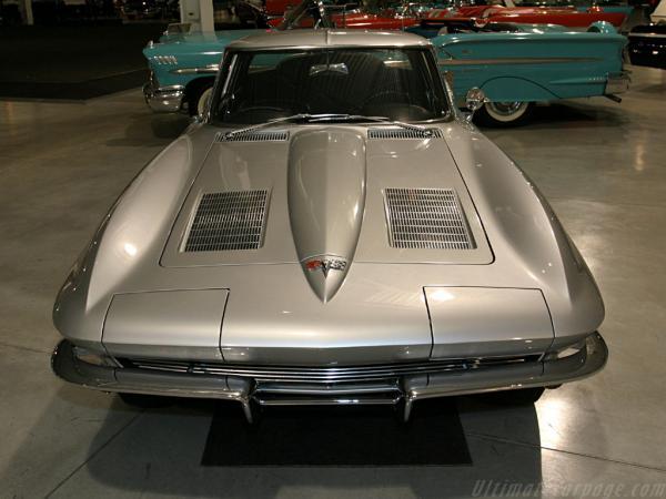 Chevrolet-Corvette-C2-Sting-Ray-Coupe--Split-Window-_3_convert_20100619095542.jpg