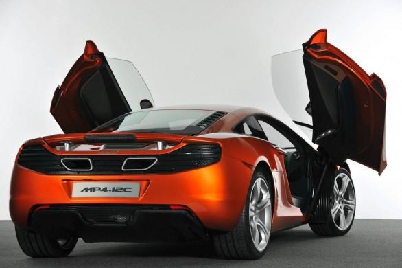 McLarenMP412C_05.jpg