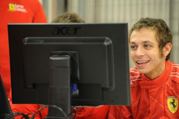 alonso-to-race-rossi-on-ice-during-wrooom-event-28962_1_convert_20110106175204.jpg