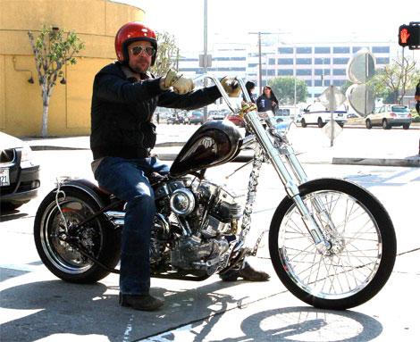 brad-pitt-motorcycle-fonz.jpg