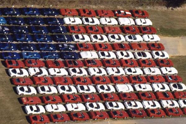 corvettes-at-carlisle-american-flag-of-corvettes_convert_20100704121709.jpg