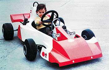 fernando-alonso-red-white-car.jpg