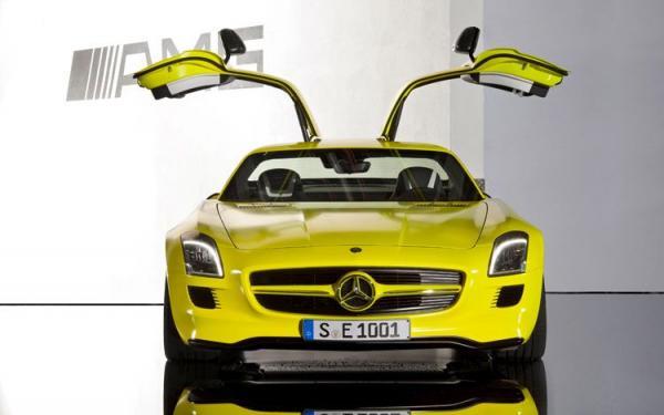 mercedes-benz-sls-amg-e-cell-prototype-doors-open_convert_20100702122203.jpg