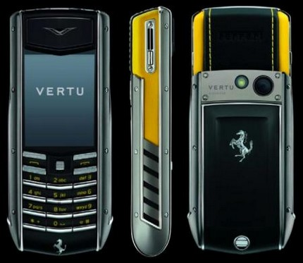 vertu-ascent-ti-ferrari-collection-giallo-edition.jpg