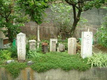 橋の墓場03