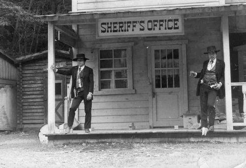 保安官事務所-1