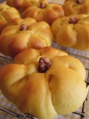 かぼちゃの豆乳パン