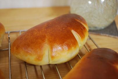 2010.2.27クリームパン (1)