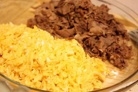 錦糸卵と牛肉