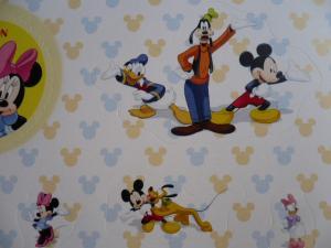 切手「ミッキーと友達」3