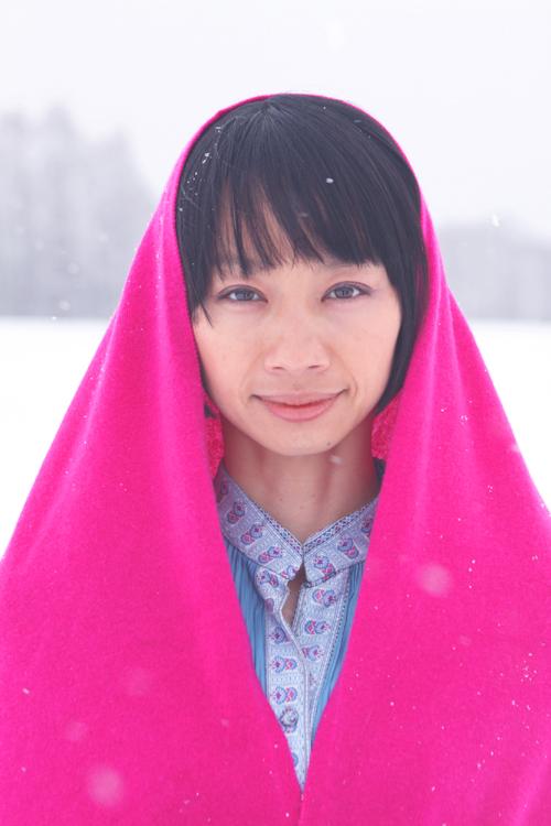 岸眞衣子2010500