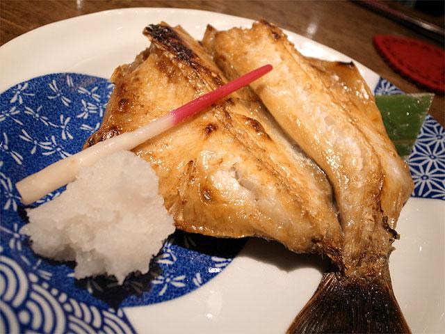 130706手料理うみ野-つぶ鯛の塩焼き
