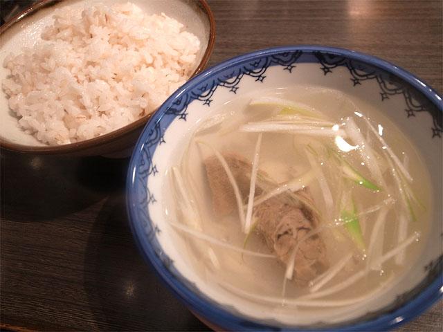 130810利休-テールスープと麦ご飯