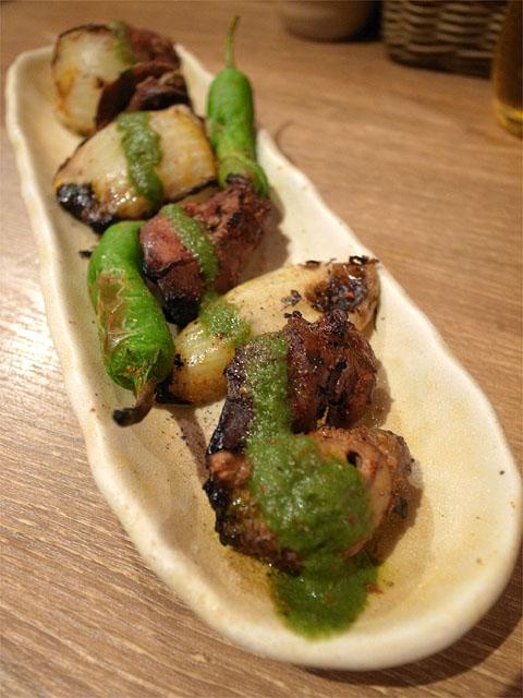 130914カッチャルバッチャル-鶏レバーとハツのスパイス焼き