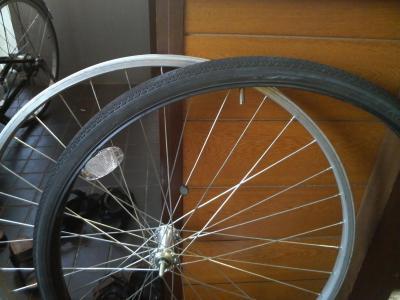 自転車の 自転車 タイヤ交換 前輪 : USED NOTE タイヤ交換【前輪】