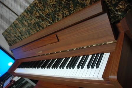 Piano_J002.jpg