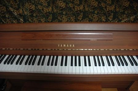 Piano_J003.jpg