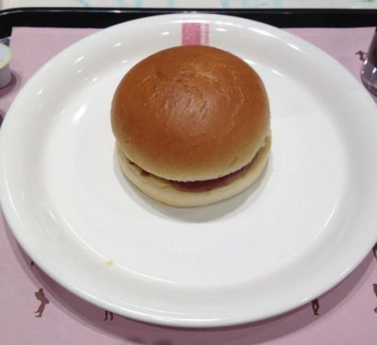 AKBカフェ ヘルシーハンバーガー