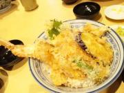 ジャンボエビ丼2