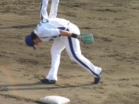 秋季キャンプの新井選手