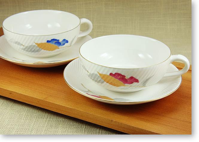 ニューボーン山茶花ティーカップ