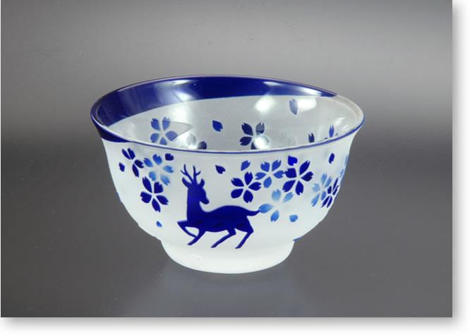 吉川順代作 春鹿のサンドブラストグラス