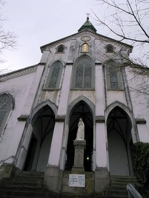 そびえる大浦天主堂