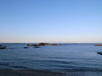 あの朝、誰もいない海