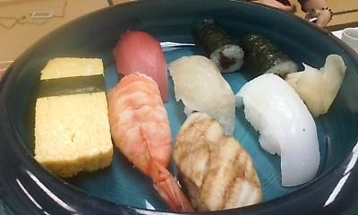 sushi101204.jpg