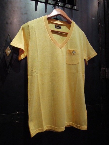 SOUTH ROAD CLASSIC REGULAR V-NECK Tee (3)