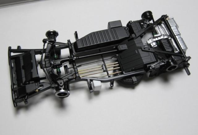 アオシマ TT2 サンバー シャーシ